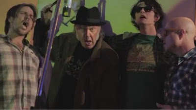 NEIL YOUNG + PROMISE OF THE REAL - The Monsanto Years (2015) 4