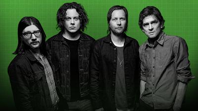The Raconteurs son una bandaza, son puro rock, classic rock, que beben de aquí y de allá. Son todo lo que necesitábamos para seguir creyendo que el rock sigue vivo, y claro, suenan de miedo