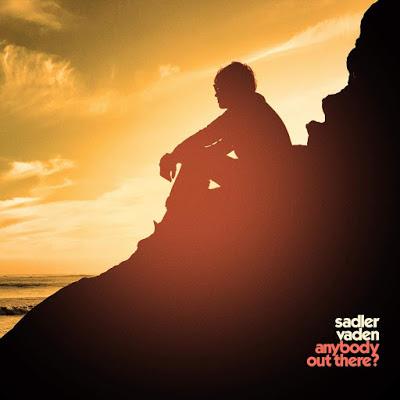 Portada de Anybody Out There? (2020), el disco de Sadler Vaden.
