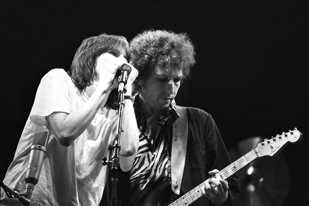 Noticia sobre Chrissie Hynde y su álbum de homenaje a Bob Dylan.