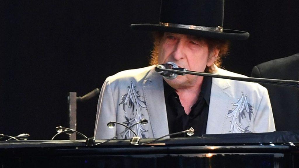 El bardo de Minesota, Bob Dylan, actuará en directo a través de las pantallas el 18 de julio.