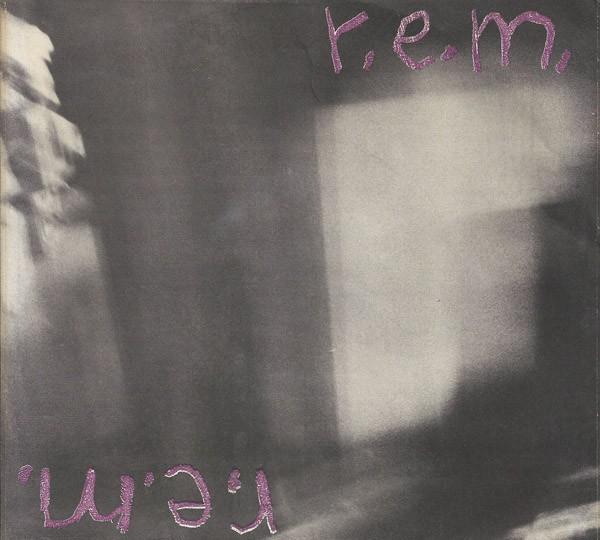 R.E.M con el single 'Radio Free Europe' de 1981